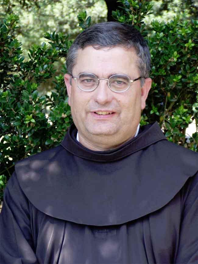 http://www.revistaecclesia.com/wp-content/uploads/2012/10/jose-rodriguez-carballo.jpg