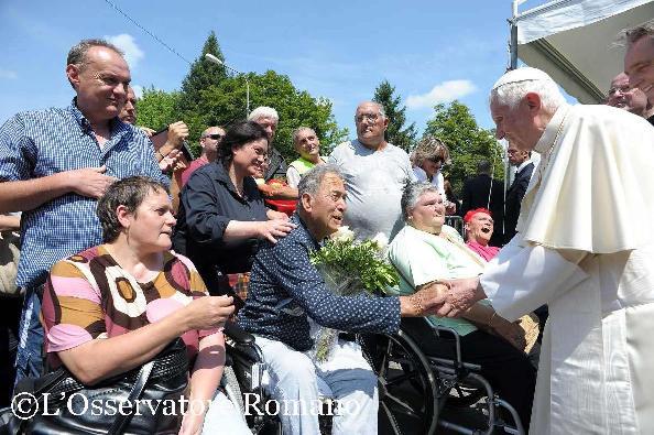 Benedicto XVI enfermos