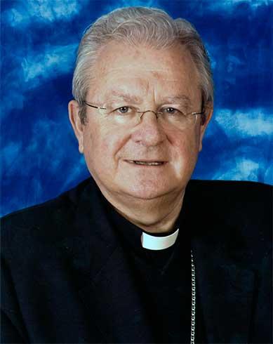 Mons. Javier Salinas