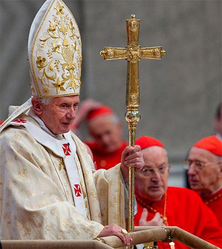 benedicto-XVI-cardenales