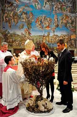 Benedicto-XVI-bautizando