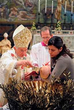 benedicto-XVI-bautiza