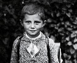 Benedicto XVI niño