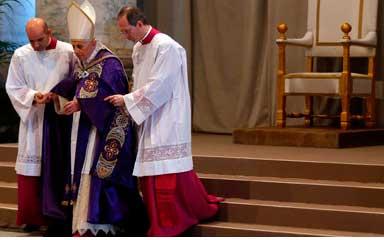 benedicto-XVI-misa-cuaresma-2013