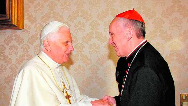 Benedicto-xVI-papa-francisco