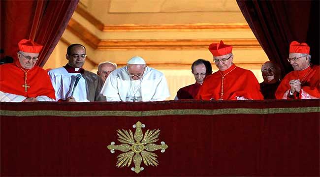 papa-reforma-curia-romana