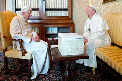 papa-francisco-benedicto-XVI
