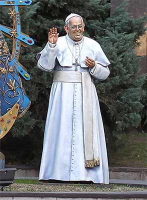 papa-francisco-escultura
