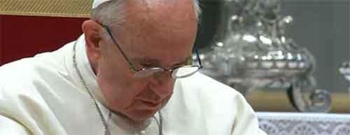 papa-francisco-consternado