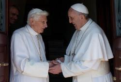 saludo-papa-francisco-benedicto-XVI