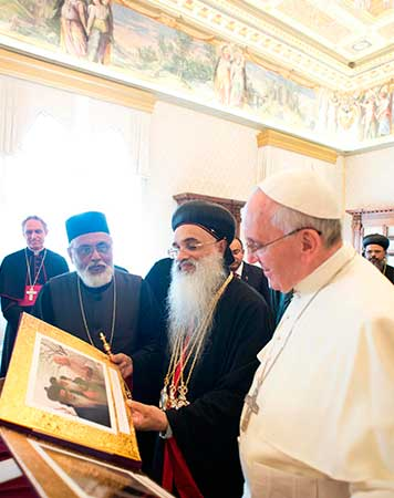 Papa-Francisco-recibe-a-Baselios-Marthoma-Paulose-II