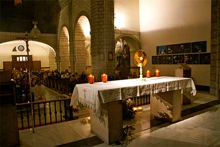 adorar-eucaristia