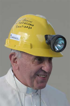 papa-francisco-casco