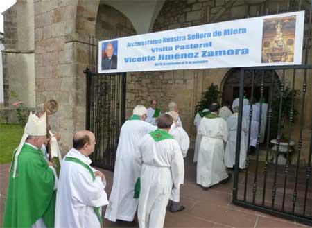visita-pastoral-miera