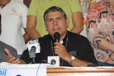 Monseñor-Carlos-Enrique-Herrera