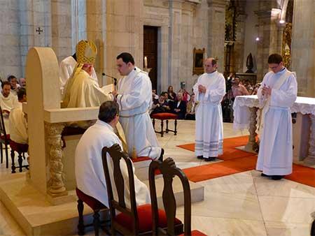 sacerdotes-santander