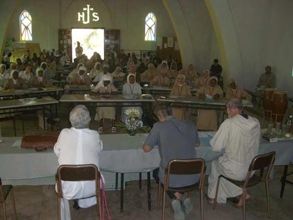 desplazadas en la catedral de Bouar