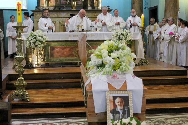 funeral ignacio Larrañaga