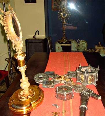 objetos-robados-iglesia-guadix