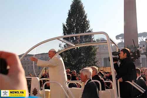arbol-navidad-vaticano