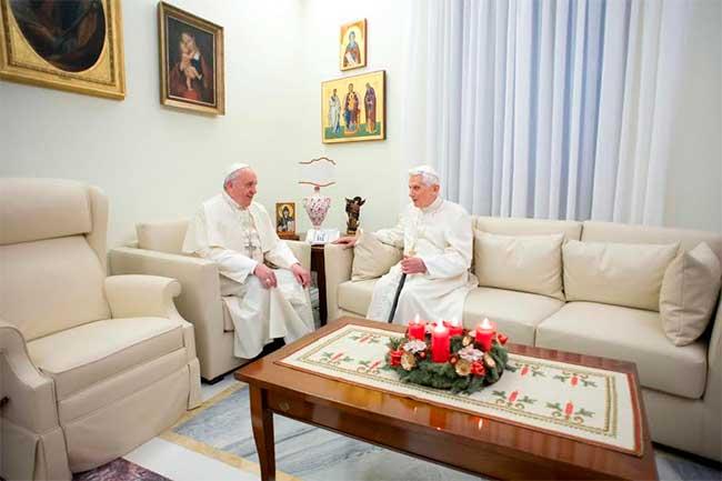 benedicto-XVI-papa-francisco-navidad