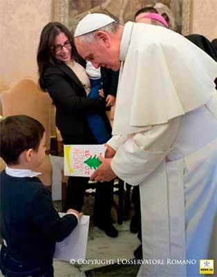 papa-francisco-feliciatacion-navidad