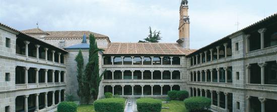madre pilar monasterio santa ana
