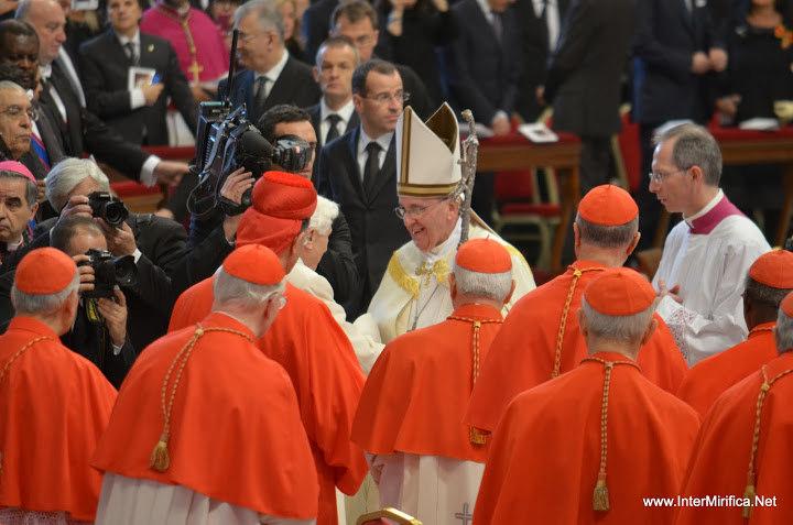 papa francisco cardenales