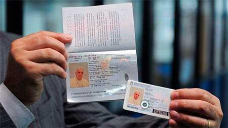 pasaporte-papa-argentino