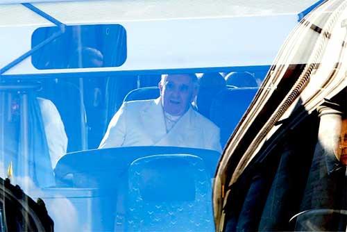 papa-francisco-autobus