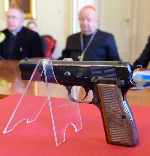 pistola-atentado-juan-pablo-II