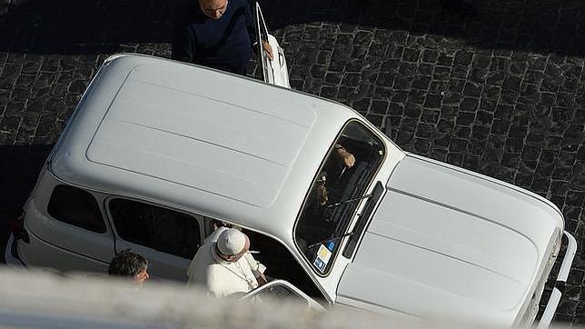 sobrio papa francisco r4