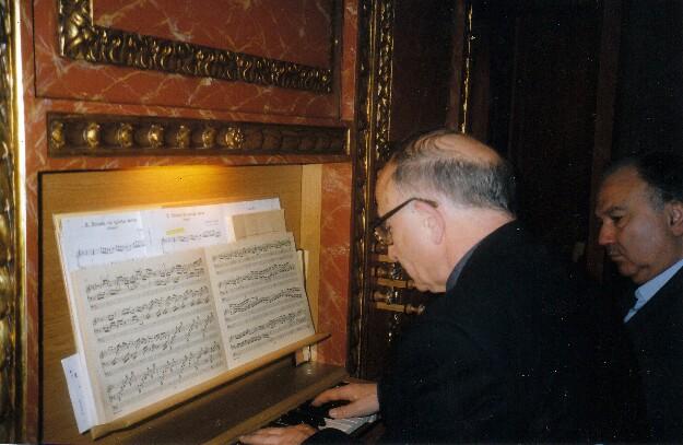 Juan José de Mur Bernad