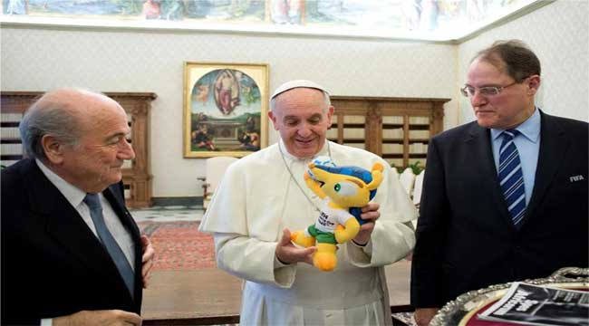 papa-francisco-mascota-mundial