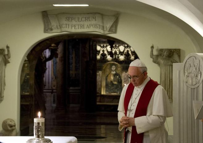 papa francisco sepulcro san pedro