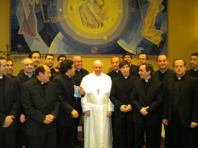 papa sacerdotes