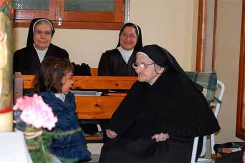 religiosa-anciana