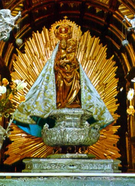Cinco im genes marianas coronadas can nicamente for Oficina de turismo ponferrada