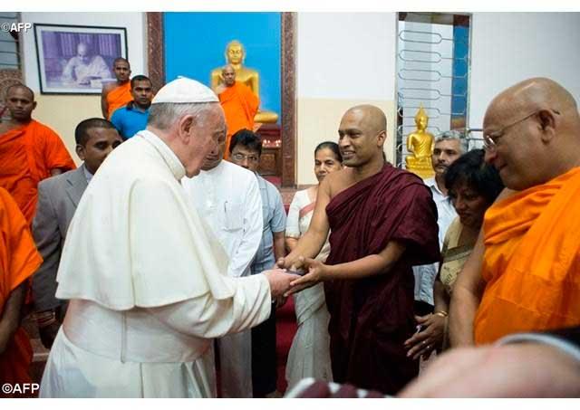 papa-francisco-budistas