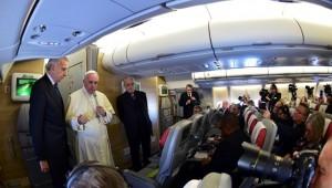 Papa-Francisco-Kenia-Avión