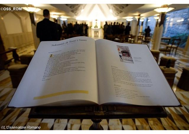 biblia-palabra-papa-francisco-santa marta