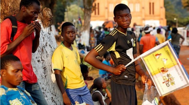 jóvenes-Papa-Francisco-Bangui
