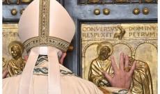 Puerta-santa-Papa-Francisco