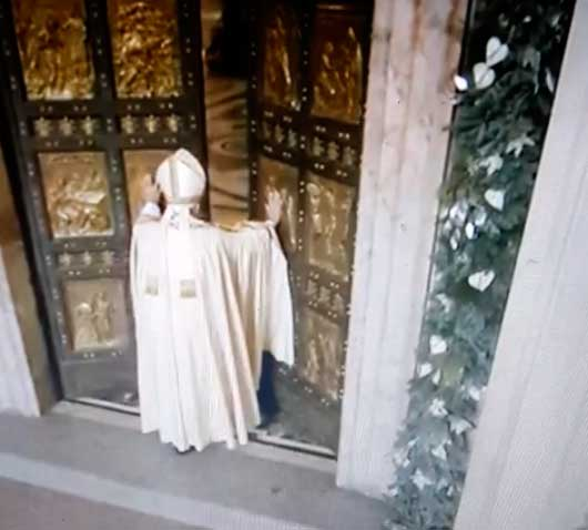 apertura-puerta-santa-misericordia