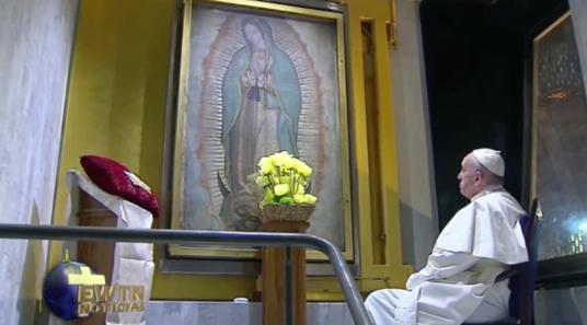 Papa-Francisco-reza-Guadalupe