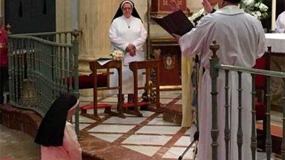 Elisabeth-en-los-Misioneras-de-la-Caridad