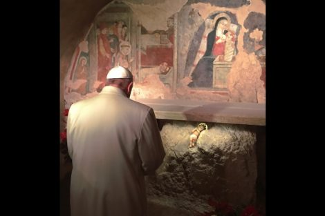 Papa-Francisco-Reza-Jordania