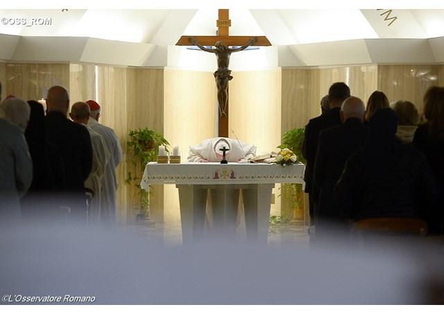 misa-santa Marta-Papa