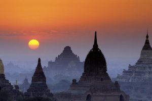 Bagan, Burma --- Original caption: Myanmar (Burma), Mandalay Division, Bagan site classified as World Heritage by UNESCO, temples --- Image by © Philippe Body/Hemis/Corbis