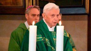 BenedictoXVI-misa